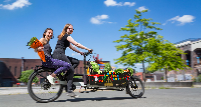 Bochum-Fonds - Lastenfahrrad mit Gemüsetransport